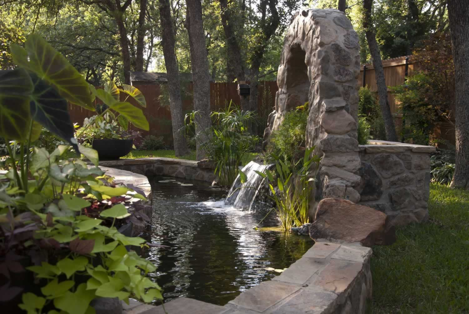 1 contractor for water features artistic garden for Texas landscape design